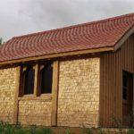 Cabane couverte en tavaillons