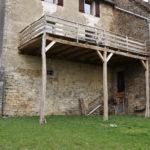 Balcon en charpente traditionelle